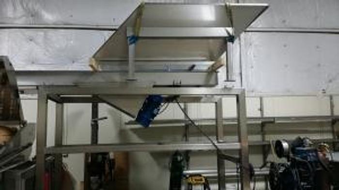 Fruit Hopper/Sorting Deck