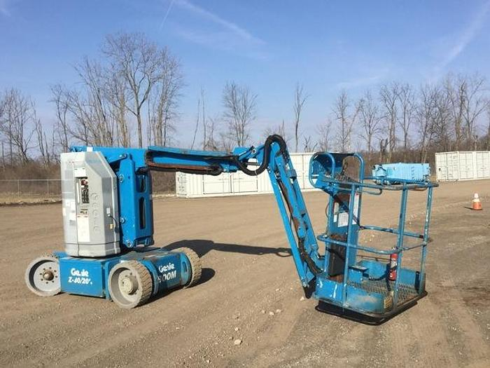 Used 2011 GENIE Z30/20N DC 2WD ARTICULATED BOOM LIFT