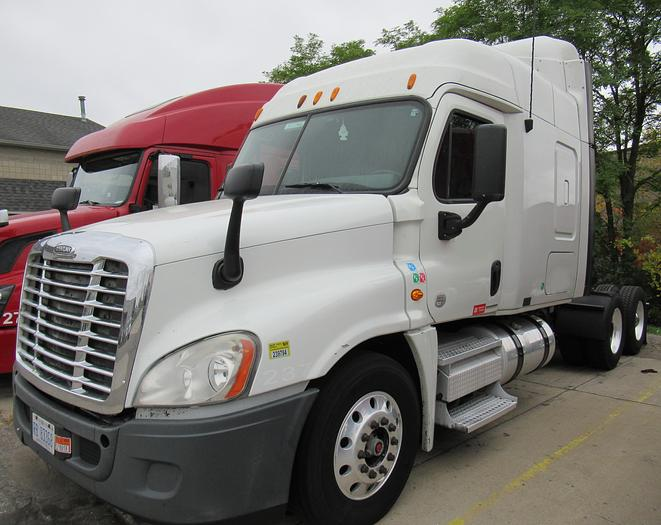 used 2011 freightliner cascadia for sale in grand rapids mi owner equipment