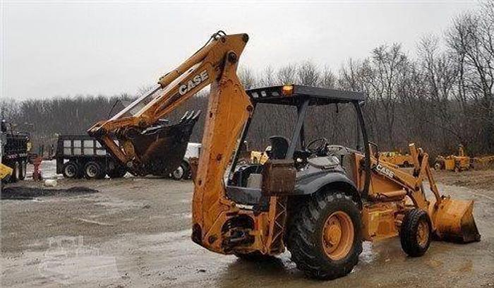 Used 2009 CASE 580M II