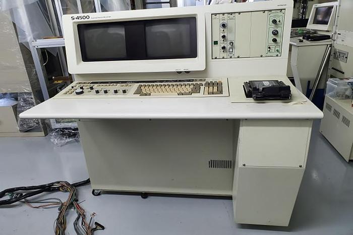 1993 Hitachi S-4500