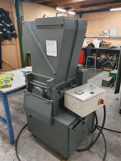Used 1990 USI Granulator