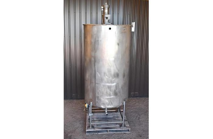 USED 600 GALLON TANK, STAINLESS STEEL, WITH LIGHTNIN MIXER, VARIABLE SPEED