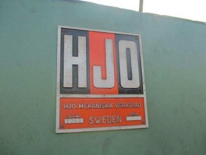 VERY NICE HJO (SWEDEN) 10 FOOT 60 TON HYDRAULIC PRESS BRAKE W/ MOTORIZED RAM