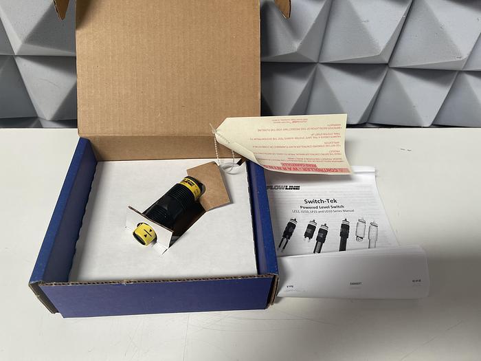 Flowline LU10-1305 Ultrasonic Level Sensor