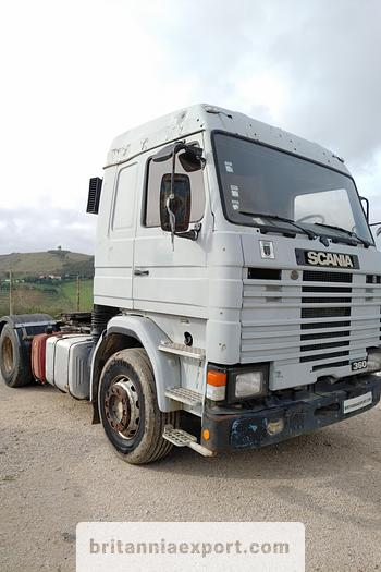 Used 1990 SCANIA R 113M 360 tractor unit