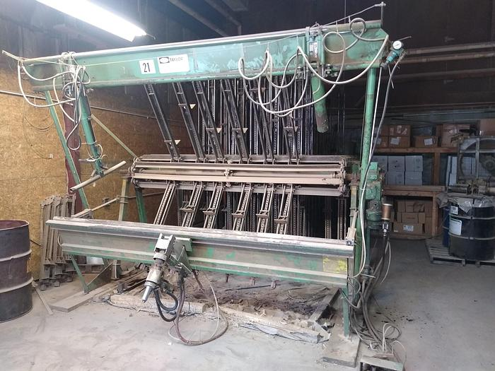 Used Taylor 30 Section 8.5' Clamp Carrier