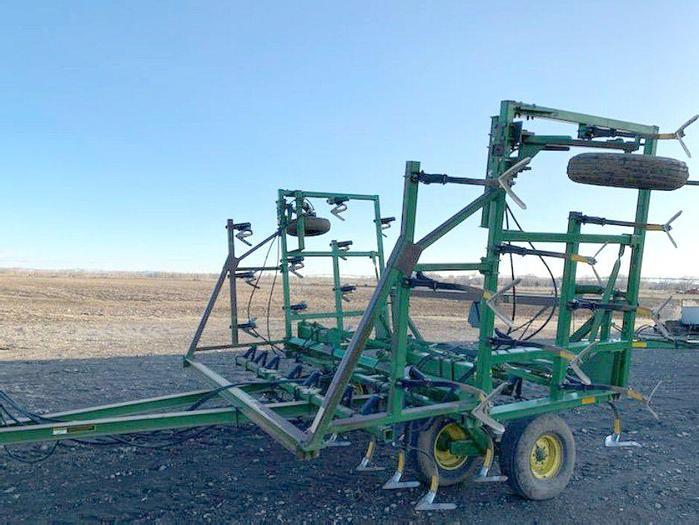 Used 27' John Deere Field Cultivator