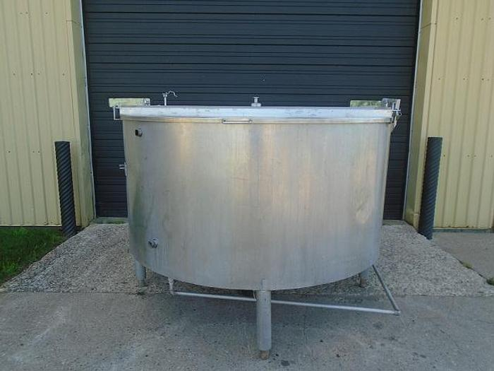 USED 720 GALLON JACKETED TANK, STAINLESS STEEL