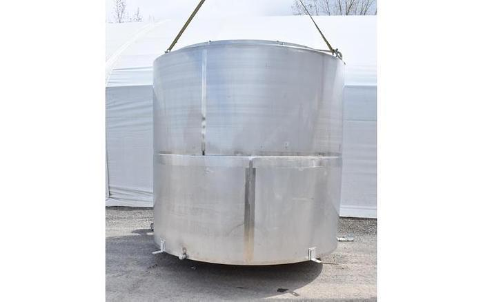 USED 6500 GALLON TANK, STAINLESS STEEL