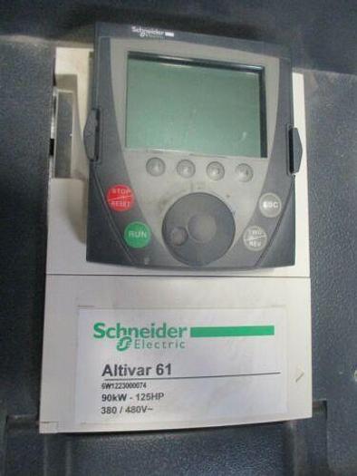 Schneider Electric ATV61HD90N4