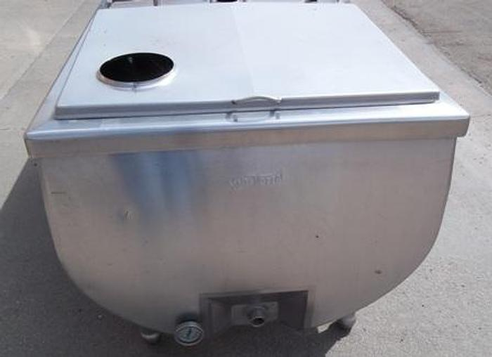 Used 250 gallon VanVetter milk bulk cooling tank 1172-2.5