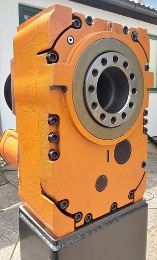 Gebraucht Schwenkantrieb, Servomotor mit Getriebe, MTC 2000, ABB gebraucht-Top