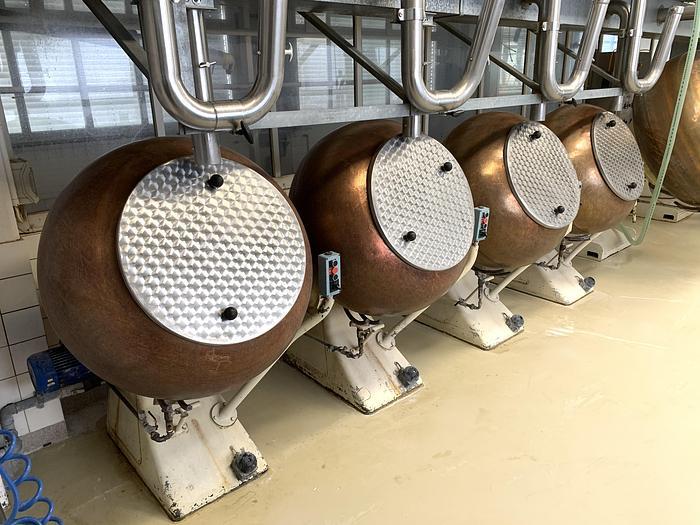 Gebraucht gebr. Kupfer-Drageekessel ca. 80 Liter Inhalt mit Gasbrenner.