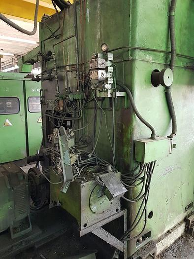 1993 Vertical lathe for railway wheels model SC 17 TF2