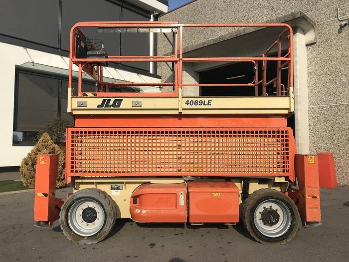 Usata 2011 JLG 4069LE