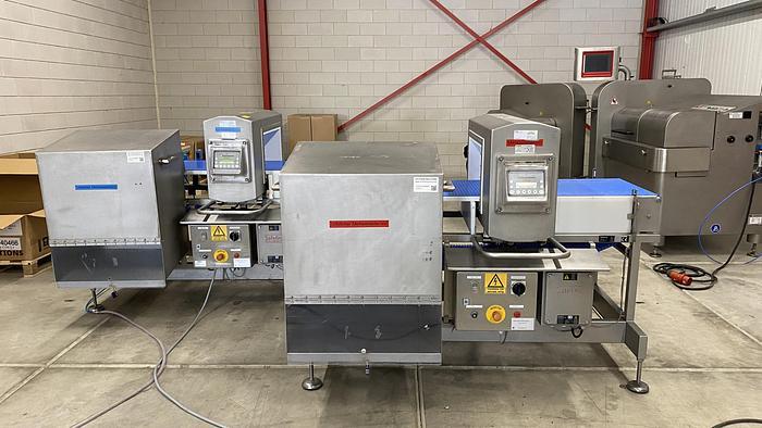 Used Safeline metaldetector for bulk