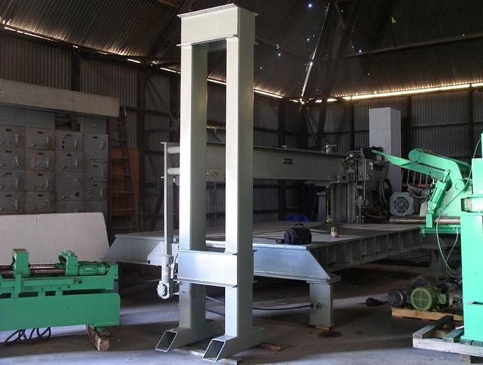 Used 250 Ton Twin Box Column Hydraulic Press; $17,500