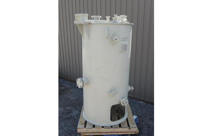 USED 325 GALLON TANK, POLYPROPYLENE