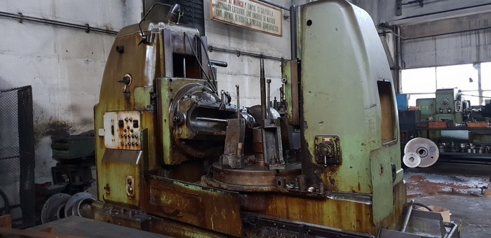 Gear hobbing machine STANKO 5K328A
