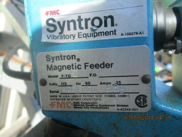 SYNTRON MAGNETIC / VIBRATING PARTS FEEDING STATION