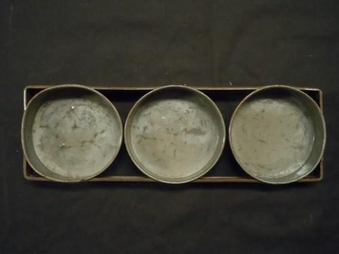 "CAKE PAN ROUND 6"" THREE (3) STRAP"