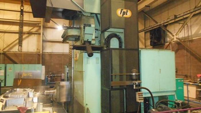 FRESATRICE A MONTANTE MOBILE FPT M-ARX 10 CNC