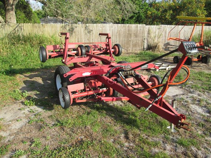 Toro reel mower, 5 gang with hydraulic lift 33455