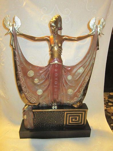 Used Venus Statue by Erte Father of Art Deco Number 23/375 Sculpture Original