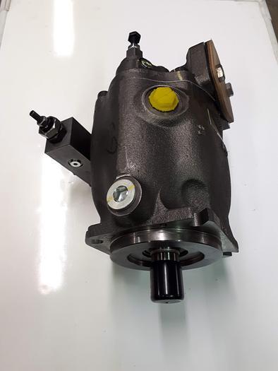 PARKER PD075 Piston Pump