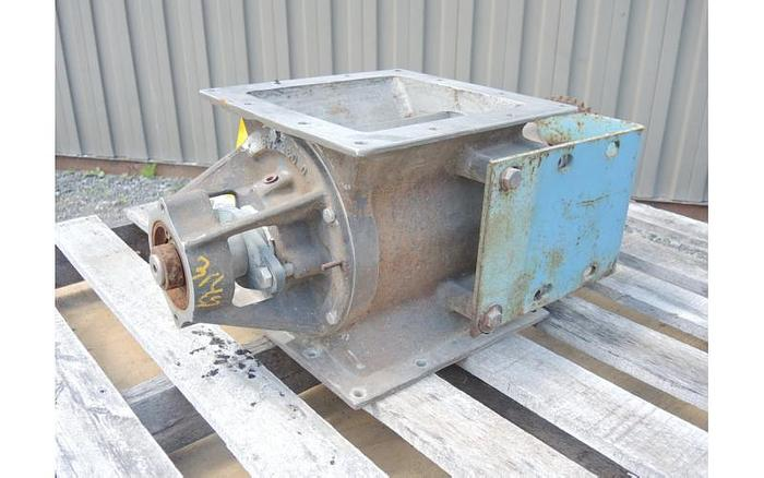 "USED ROTARY AIR LOCK VALVE, SIZE: 9"" X 9"", STAINLESS STEEL"