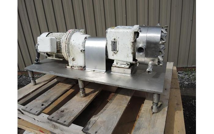 USED WAUKESHA ROTARY LOBE PUMP, MODEL 30, STAINLESS STEEL, JACKETED