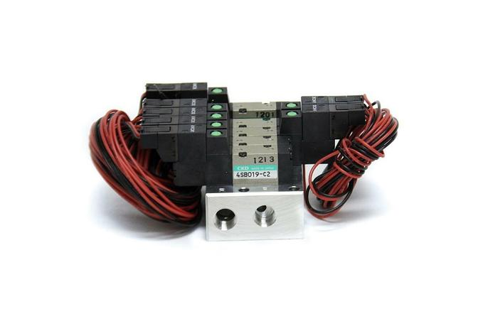 CKD 4SB019-C2 Pneumatic Solenoid Valve 5 Port NEW (5085)