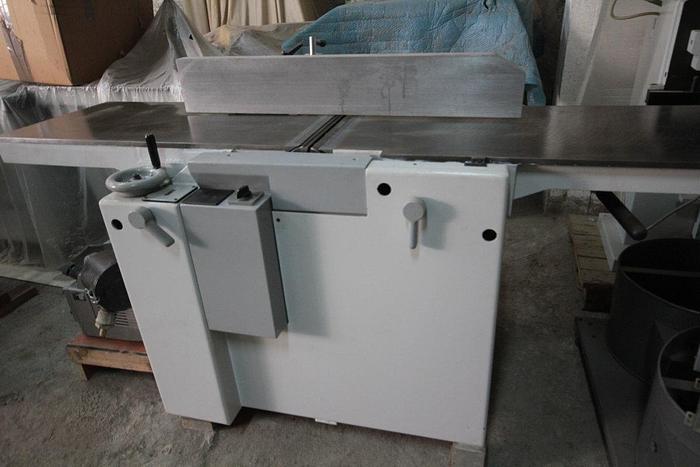 Ristrutturato SCM FS2250