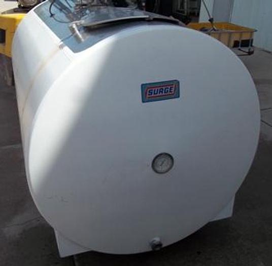 Used 600 gallon SURGE milk bulk cooling tank BB03354 - Bulk Tanks  Equipment
