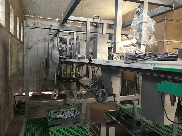 Meyn Rapid HQ breast cap filleting machine