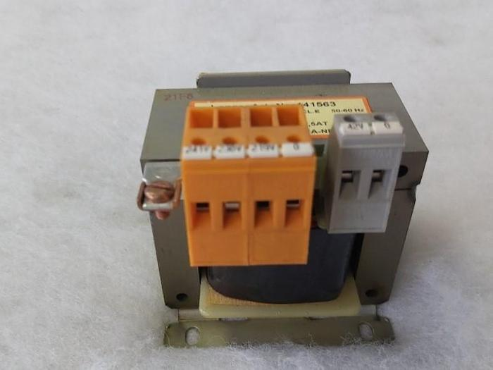 Gebraucht Transformator, 141563, 230 -> 42V/2,38A, Lenze,  gebraucht