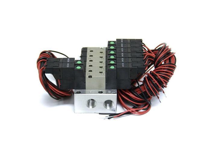 CKD 4SB019-C2 Pneumatic Solenoid Valve 6 Ports, NEW (5103)