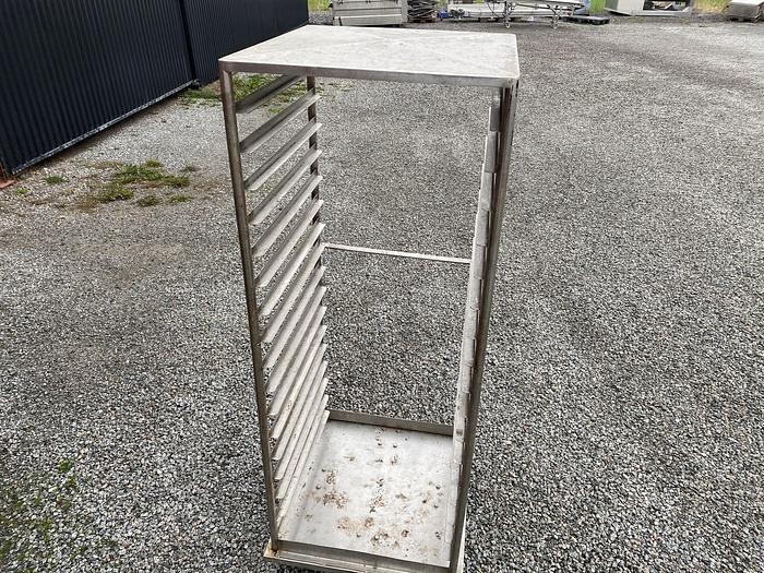 Använd Vagn rostfri – 60x62cm höjd 165cm