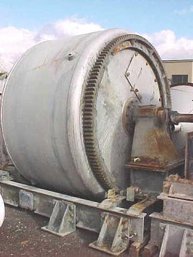 USED ROTARY BLENDER, 219 CUBIC FEET, 304 STAINLESS STEEL