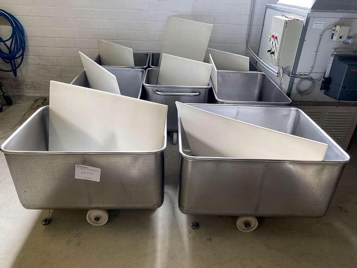 Gebraucht div. fahrbare Edelstahlbehälter