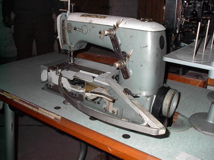 Gebraucht Doppelkettenstichmaschine RIMOLDI  Kl. 164-16-14