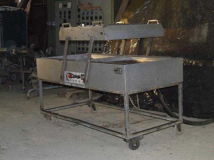 Używane Pakowaczka próżniowa 2-komorowa INNPLAST BOSS typ RD-88H produkcji niemieckiej
