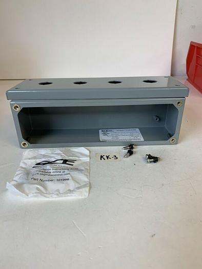 SCE Saginaw 4 Hole Pushbutton Type 12,4 Enclosure SCE-4PBI New! Fast Shipping!
