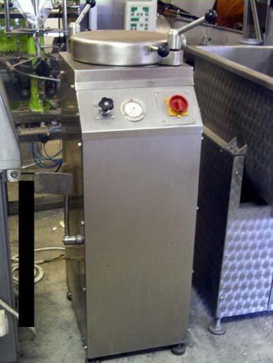 Używane Nadziewarka tłokowa - hydrauliczna