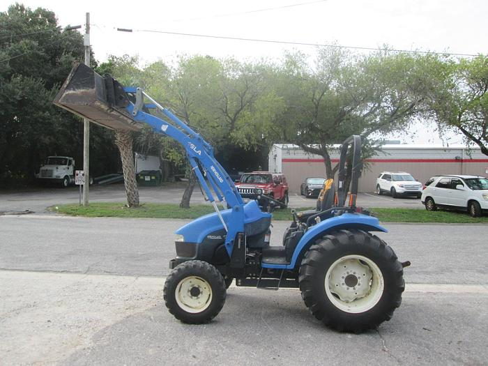 Used New Holland TC40D Tractor