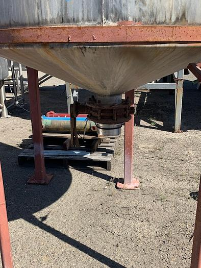 1000 Gallon Vertical Agitated Stainless Steel Tank