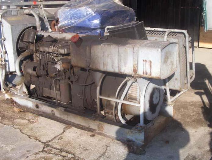 Używane Agregat prądotwórczy