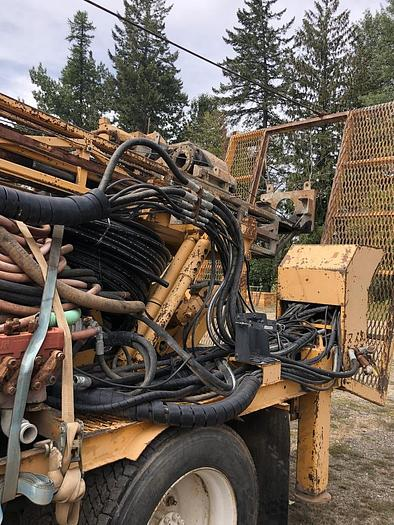 HB19368 Atlas Copco CS1500 on Truck model year 1999
