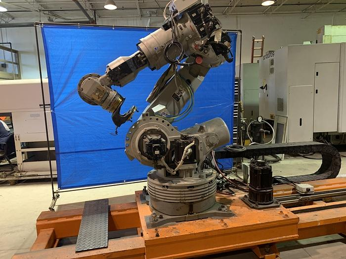 Used MOTOMAN ES200N 6 AXIS CNC ROBOT ON 17' TRACK!